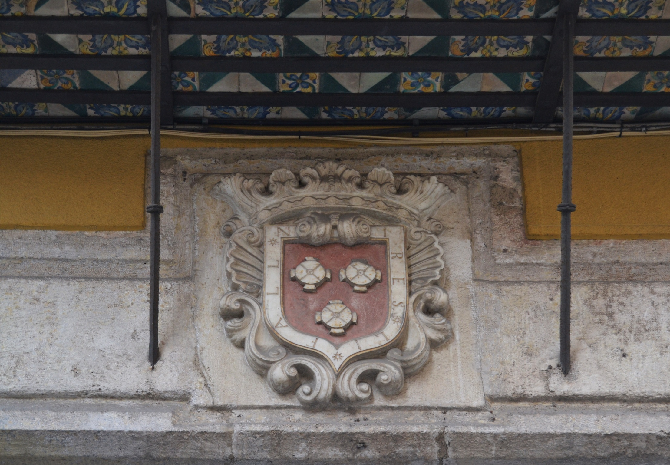Fuente: dibujoheraldico.blogspot.com.es