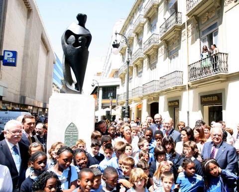 Inauguración de la estatua en 2010. Fuente de la foto: Archivalencia