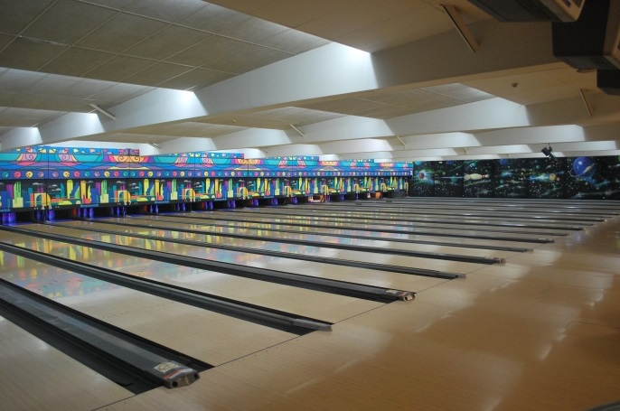 Cosmic Bowling Valencia. Fuente: tiendasdelbarrio.com