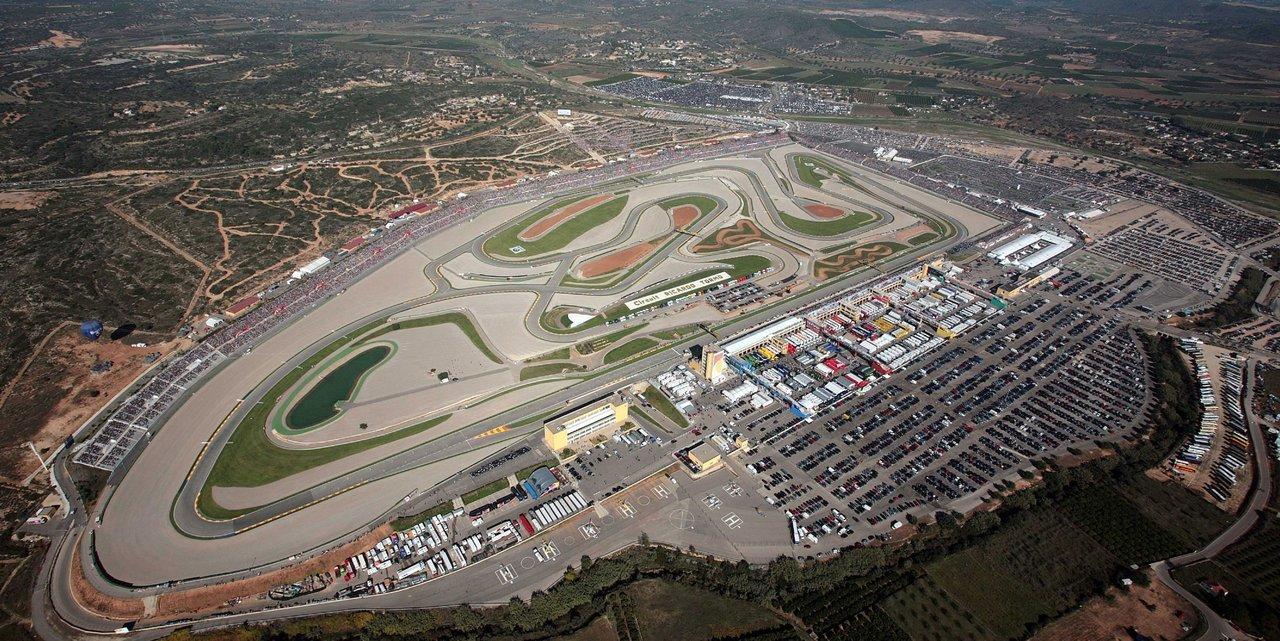 """04/11/07.- Vista aŽrea del circuito """"Ricardo Tormo"""", en Cheste (Valencia), Fuente: EFE / EDUARDO RIPOLL"""