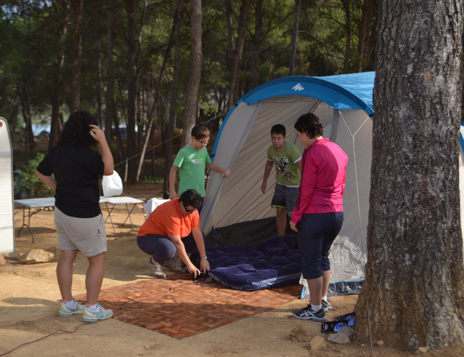 Acampada en el Embalse del Buseo. Fuente: www.citma.gva.