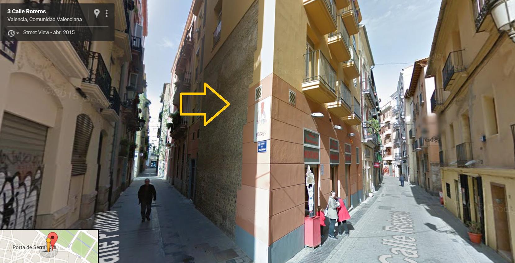Captura de pantalla de la calle contigua al horno. Al ser ya de noche, facilitamos imagen más clara. Fuente: Google Maps.