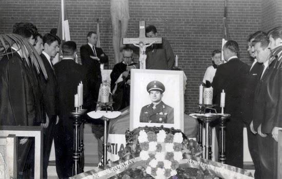 Entierro de Vjekoslav Luburić. Fuente: http://jotamartinezarribas.blogspot.com.es/