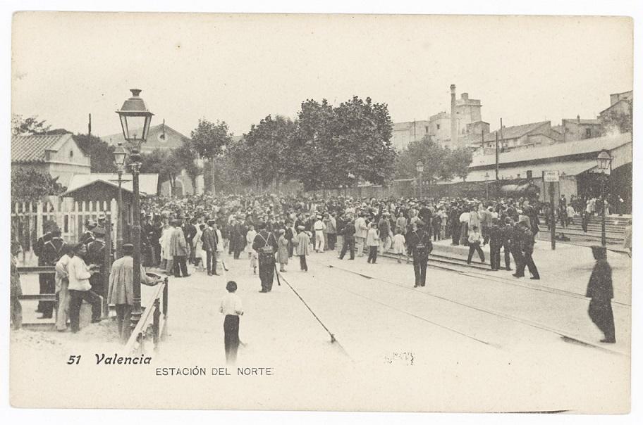 Situación y foto de la Antigua Estación del Norte, antes de la construida en 1917. Autoría de la foto Lacoste, [s.a., Madrid], ubicada en BV José Huguet.
