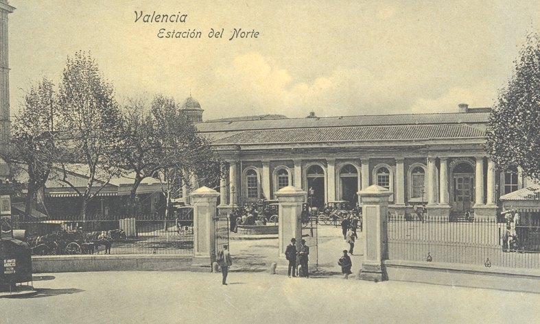 Fachada de la antigua Estación del Norte.