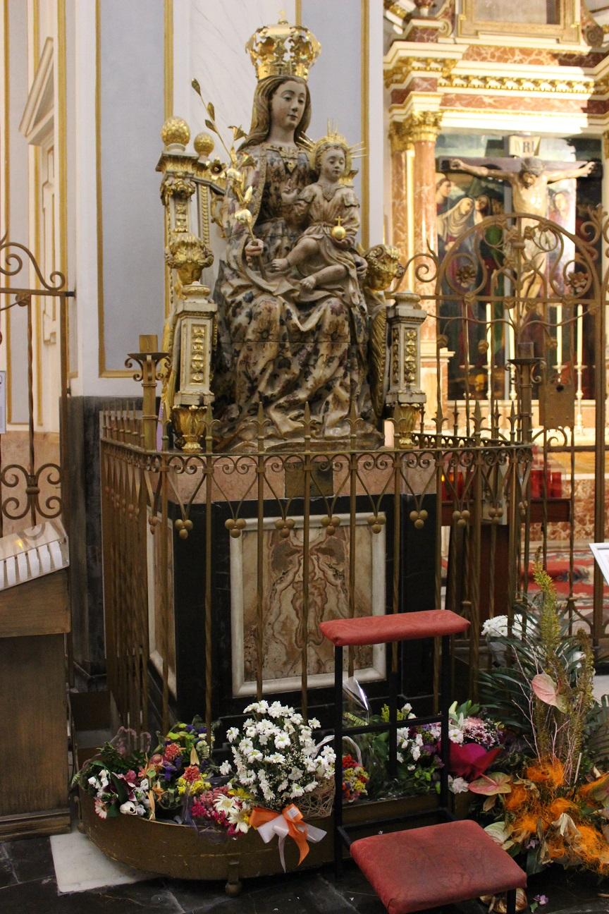 La Virgen Del Buen Parto Y La Tradición Valenciana De Dar 9 Vueltas A La Catedral