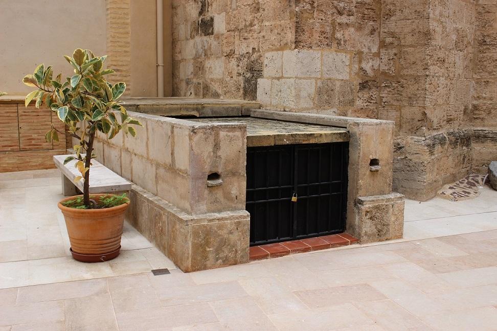 Cementerio Medieval, Patio Sur. Fuente: © Valenciabonita.es – Por favor, si compartes esta imagen indica la fuente :)