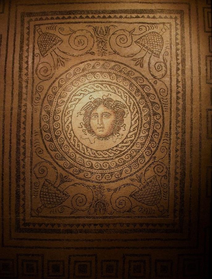 Mosaico de la Medusa, Valencia. Fuente: Joanbanjo, CC BY-SA 3.0